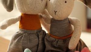 Brauchen Kinder Kuscheltiere? Ur-Bedürfnis Kuscheln Jahre sigikid Verlosung