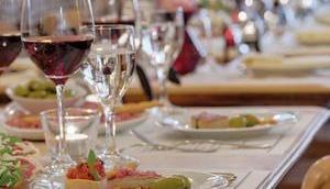 GEISEL PRIVATHOTELS Gastronomien, Geschichte, Philosophie Welche Betriebe gehören dazu? Privathotellerie seit 1900 Sterne, Hotels, Restaurants
