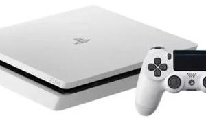 neue Playstation-Modell Slim 2200 Sony