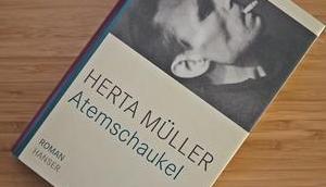 """{REZENSION} Herta Müller """"Atemschaukel"""""""