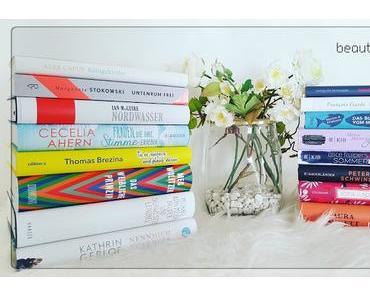 Bücher, die im August ins Bücherregal einziehen durften!