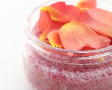 Super einfacher Sugar Scrub mit Rosen, der jedem gelingt