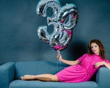 33. Geburtstag mit pinkem Kleid (mit Rabatt-Code)