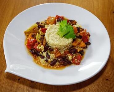 Gemüse-Süßkartoffelchili mit Hirse (vegan)