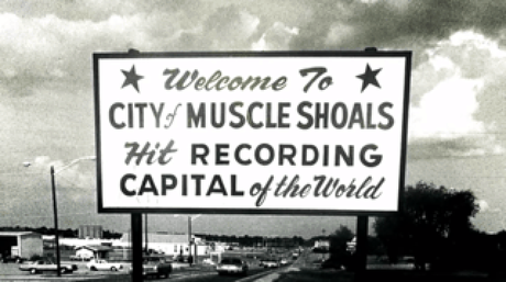MUSCLE SHOALS … SMALL TOWN, BIG SOUND • Tribute Compilation mit Klassikern, neu interpretiert von Steven Tyler, Willie Nelson, Aloe Blacc, Kid Rock uva. • Trailer + full Album stream