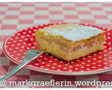 Geburtstagskuchen: Gedeckter Apfelkuchen vom Blech