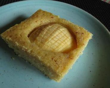 Apfel-Grießkuchen