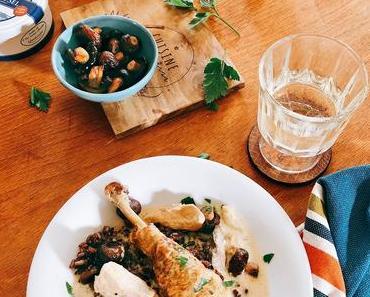 Hühnchen in Weißwein-Crème-Sauce mit Roquefort, Champignons und Reis aus der Camargue