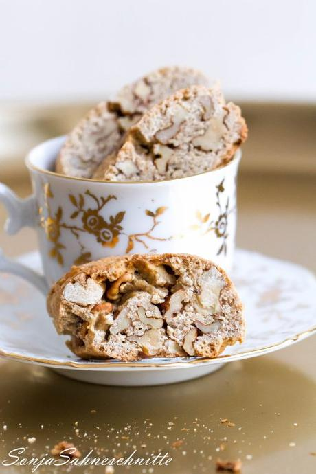 Rezept für Weihnachts-Walnuss-Cantuccini – Recipe for Christmas walnut cantuccini
