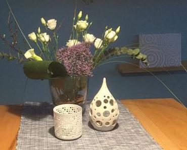 Friday-Flowerday – oder – Viel los in der Vase