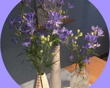 Friday-Flowerday – oder – Zart und lavendelblau