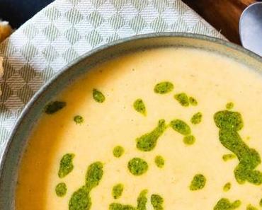 Kartoffel-Karotten-Suppe mit Rapsöl-Rauke-Pesto