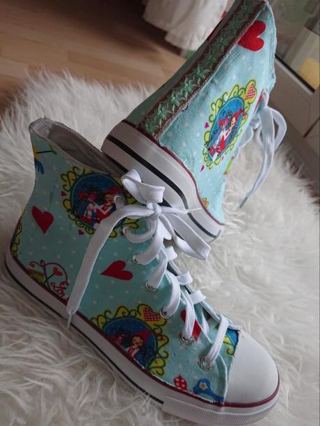 promo code eb1f1 05b4e Schuhe selber gestalten DIY: Eigene Stoffschuhe ganz leicht ...