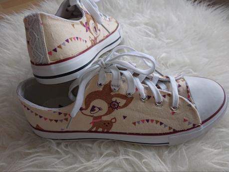 Schuhe selber gestalten DIY: Eigene Stoffschuhe ganz leicht