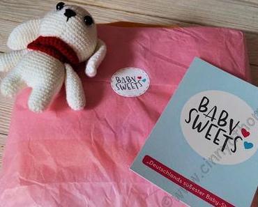 Unsere Grossnichte ist jetzt ein kleiner Fuchs mit der niedlichen Kleidung von Baby Sweets #Baby #Kinder #Sosüß