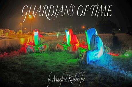 Mural Harbor Linz – Guardians of Time by Manfred Kielnhofer light art show gallery museum