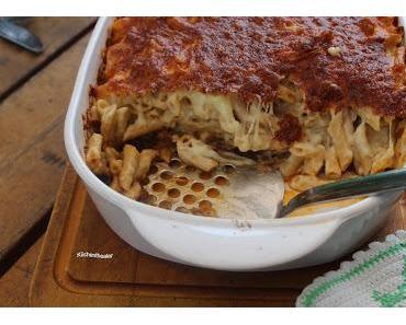 Makkaroni, Käse und Bolognese