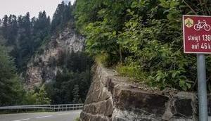 Rennrad: Pässe Schluchten Graubünden