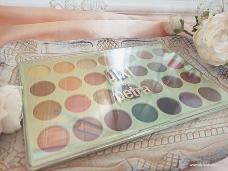Pixi - Dream Shadow Palette und Glitter-y Eye Quad - Review & Swatches