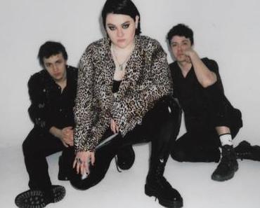 CD-REVIEW: Rebecca Lou – Bleed