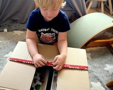 Unboxing toyboxx #9 // Eichhorn Holzschienenbahn & Zubehör