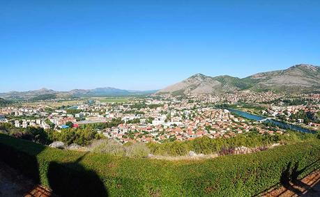 Trebinje-bosnien-roadtrip-campervan-blog-bericht