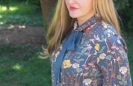 Retro-Trend: Outfits mit dem It-Piece Schluppenbluse