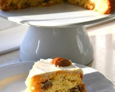Pastinakenkuchen mit Kokos & Pekannuss
