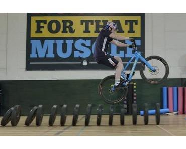 Danny MacAskill im Gym