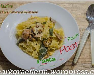 Pasta mit Pilzen, Salbei und Walnüssen