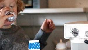 Willkommen unserer Kaffeebar! Wunderschöne Holzspielzeuge MaMaMeMo
