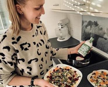 eatly teig – fermentierter Flüssigteig für Pfannegerichte - + + + Was und wer steckt hinter dem Naturprodukt ? ++ Anwendung & Möglichkeiten + + +