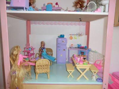 Fanny & Malou proudly presents  - The Barbie Dream House -