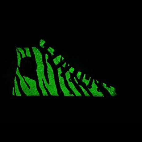 Converse All Star Chucks Glow in the Dark - Zebra - vintage