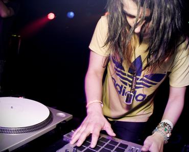 Skrillex – Bass Bang   Mixtape