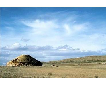 unterwegs: Pyramide in Algerien