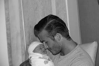 Fotos: Die Beckhams zeigen ihre neue Tochter Harper Seven