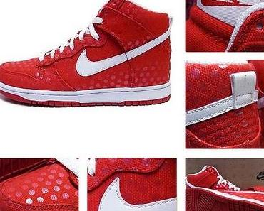 "Nike Dunk High WMNS  ""Polka Dot"""