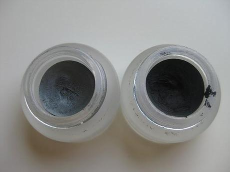 Swatch: Essence Gel Eyeliner 02 Fivepocket Grey