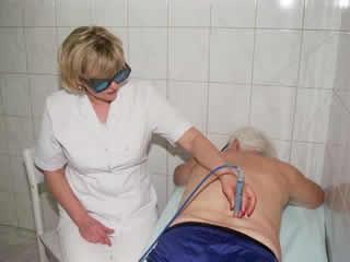 Die Arthrose im Kururlaub mit vielen Mitteln und Anwendungen behandeln.