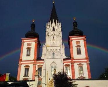 Mariazeller Basilika mit einer Regenbogen Kuppel