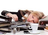 Stress und Arbeit – gute Methode, Molli-Figur in Form zu bringen? – Oder wer in Frauenmagazinen schreibt, dass Abnehmen = Wohlbefinden ist