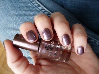 Essence Colour nail polish
