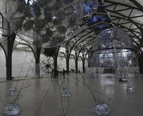 Tomás Saraceno: Cloud Cities