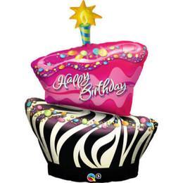 Beauty & Books feiert heute seinen 1. Geburtstag :))