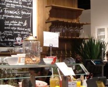 Kaffeeklatsch in Babu's Bakery & Coffeehouse im Herzen von Zürich