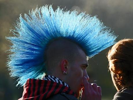 Punk (Lobo in blue)