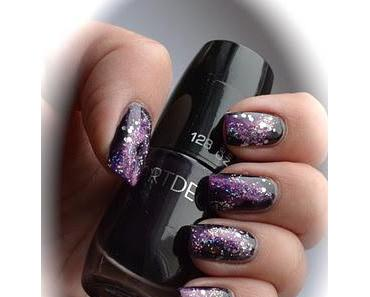 Nageldesign: Purple Galaxy Nails