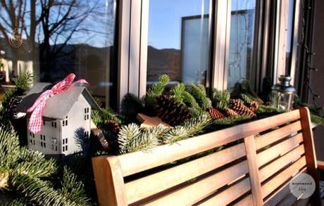 Weihnachtliche dekoration f r unser balkonfenster for Weihnachtliche dekoration