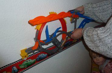 Hot Wheels Wall Tracks im Test die riesen Rennbahn